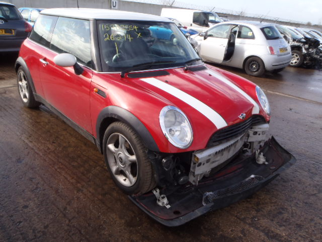 04 Red 1.6 BMW Mini Cooper - 1