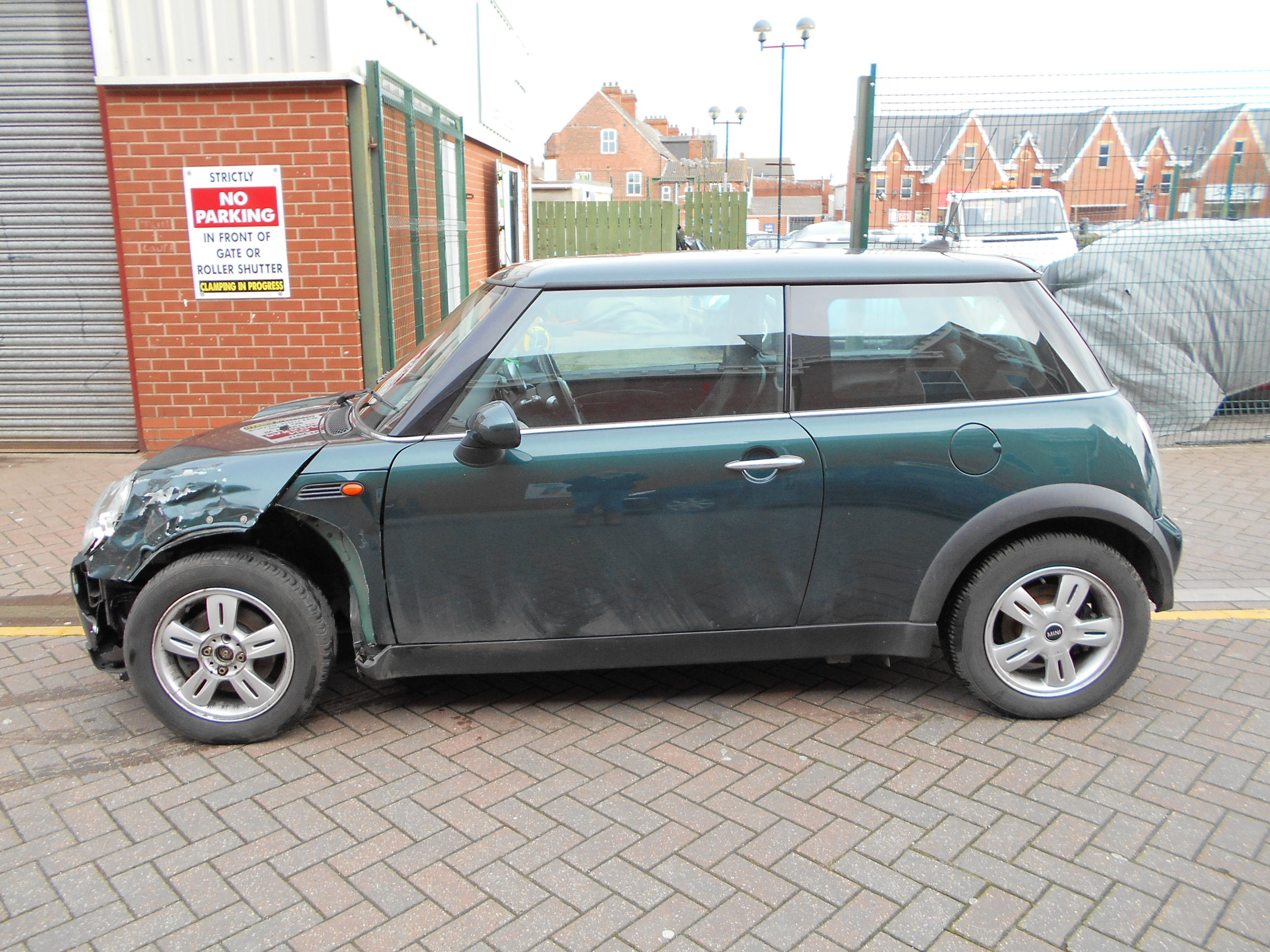 06 Green 1.6 BMW Mini One - 2