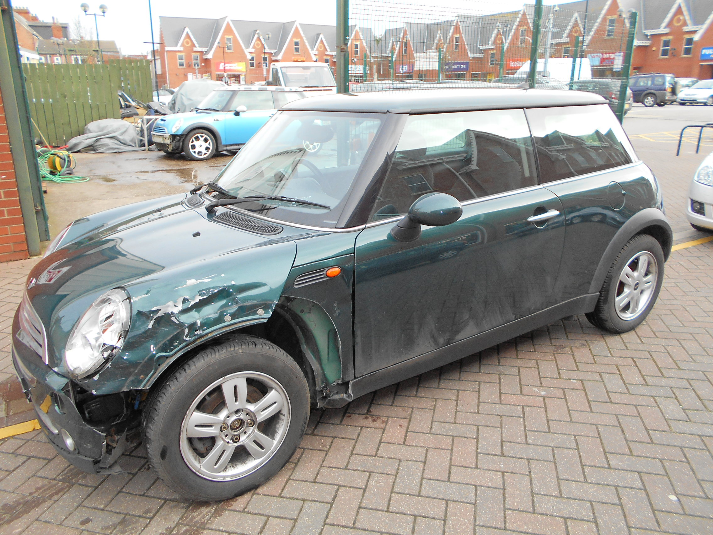 06 Green 1.6 BMW Mini One - 3