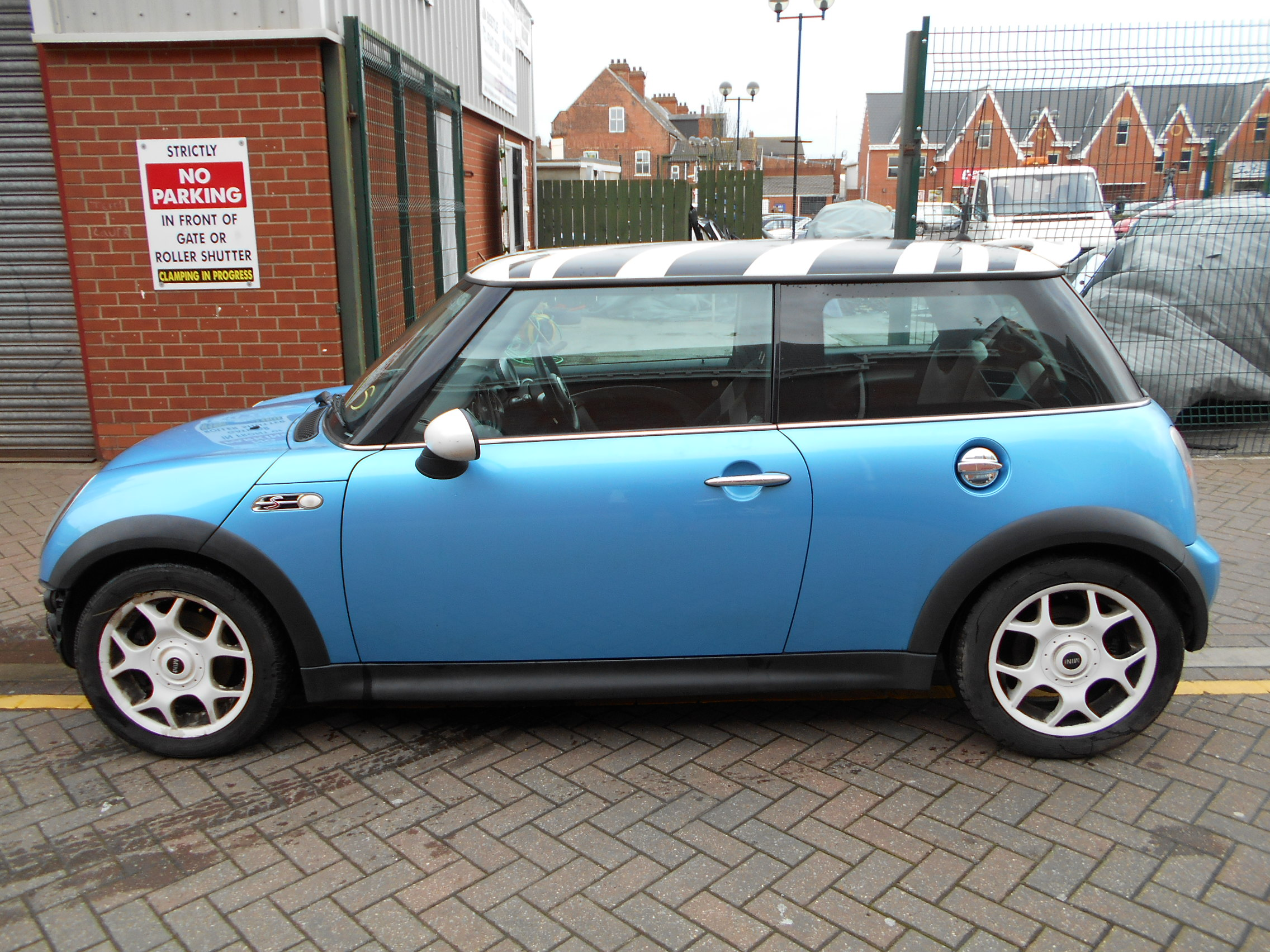 02 Blue 1.6 BMW Mini Cooper S - 2