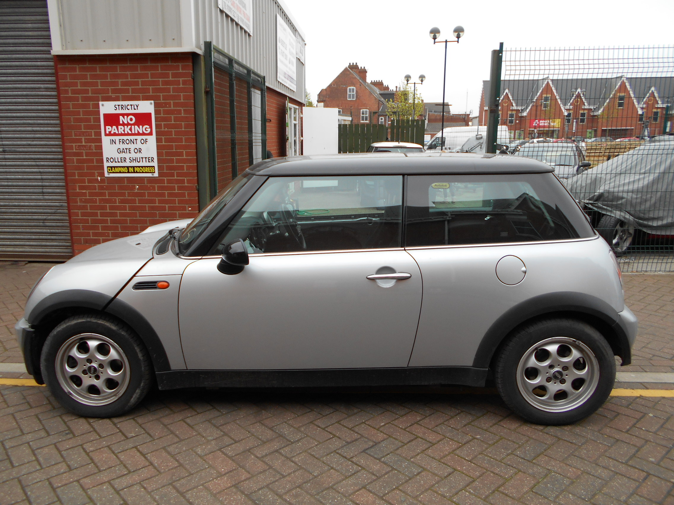 03 Silver Automatic 1.6 BMW Mini Cooper - 2