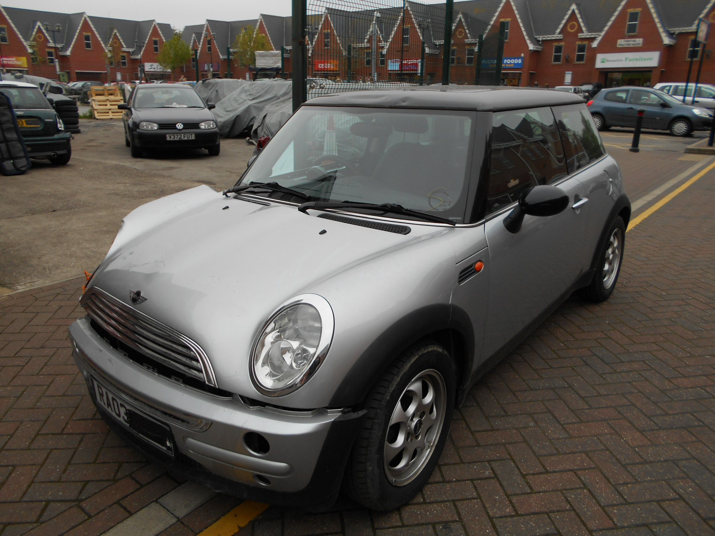03 Silver Automatic 1.6 BMW Mini Cooper - 3