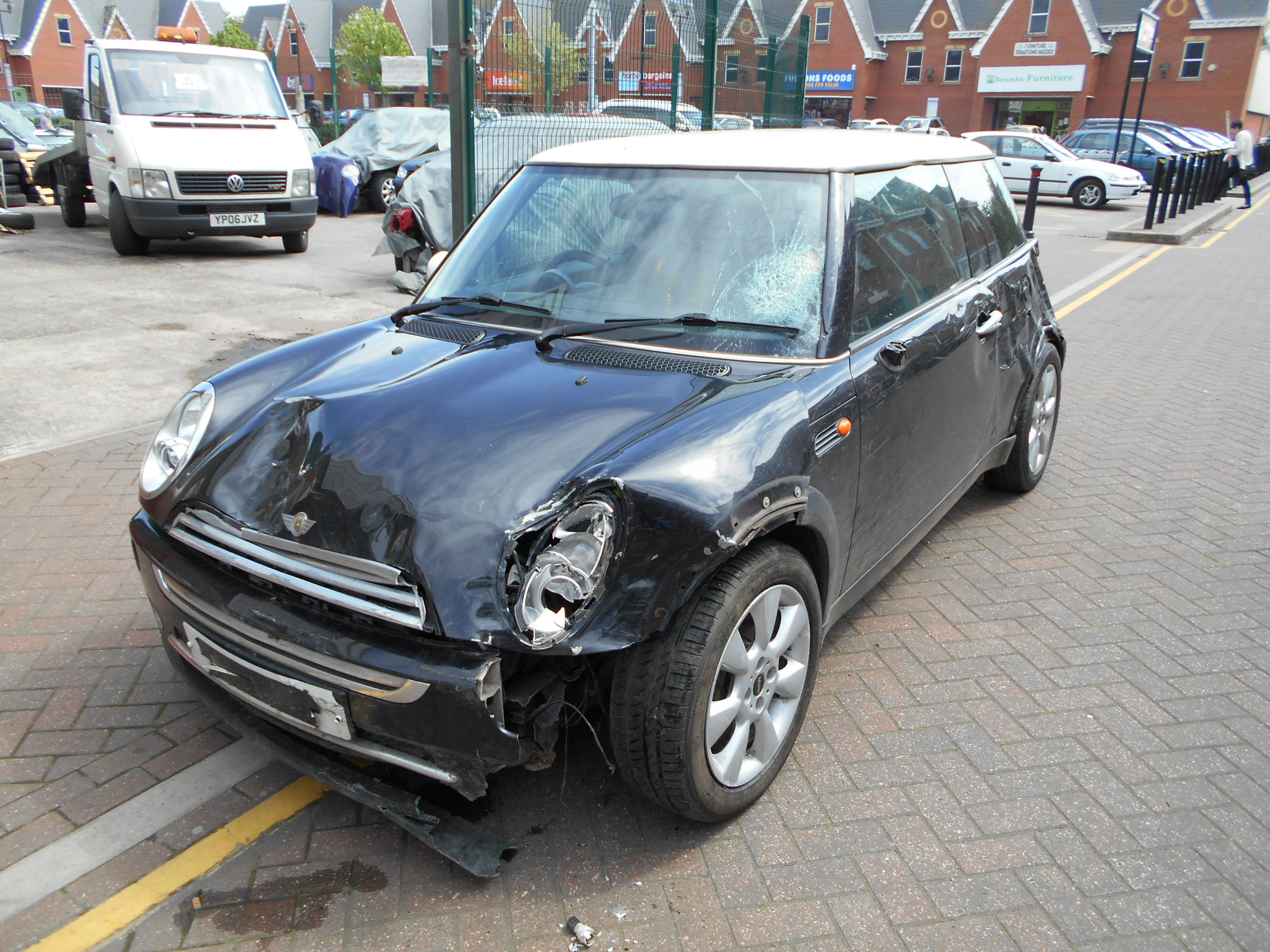 04 Black 1.6 BMW Mini Cooper - 3
