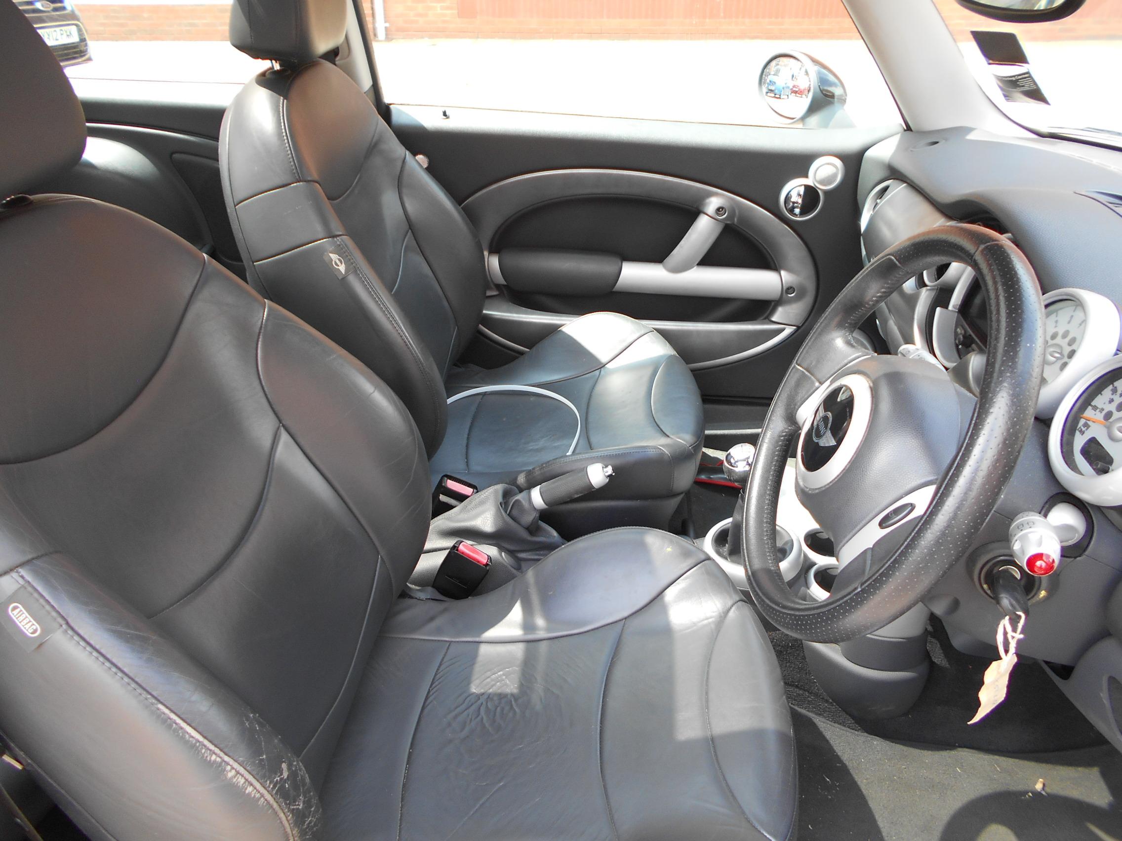 02 Dark Silver 1.6 BMW Mini Cooper S - 7