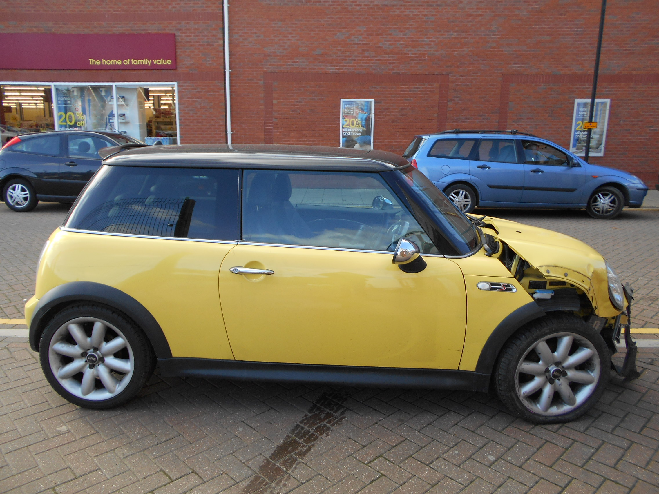 03 Liquid Yellow 1.6 BMW Mini Cooper S - 1