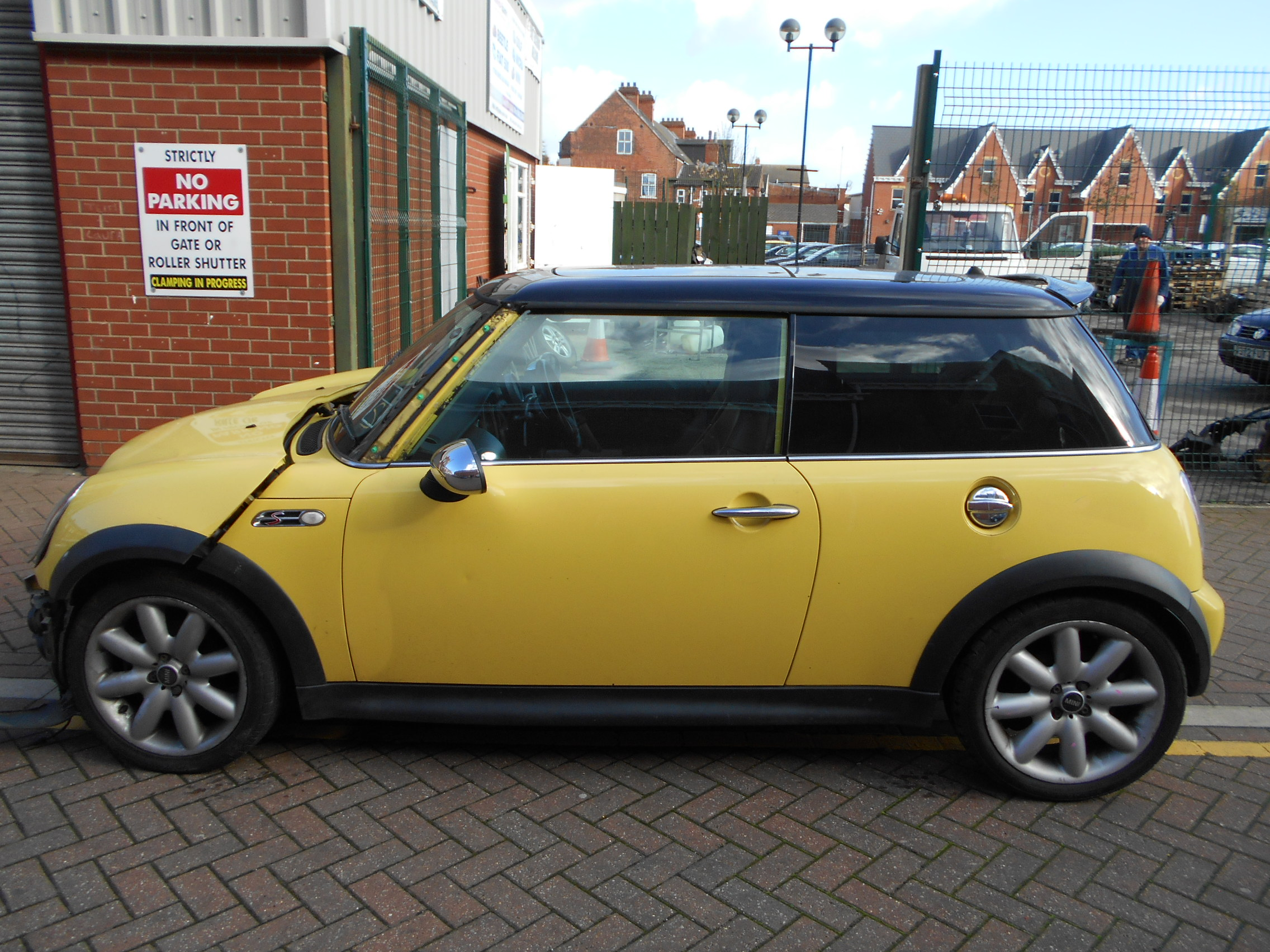 03 Liquid Yellow 1.6 BMW Mini Cooper S - 2