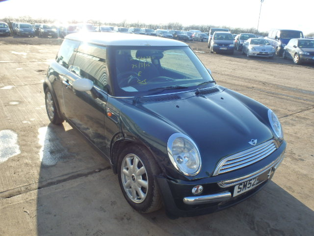 02 Green Automatic 1.6 BMW Mini Cooper