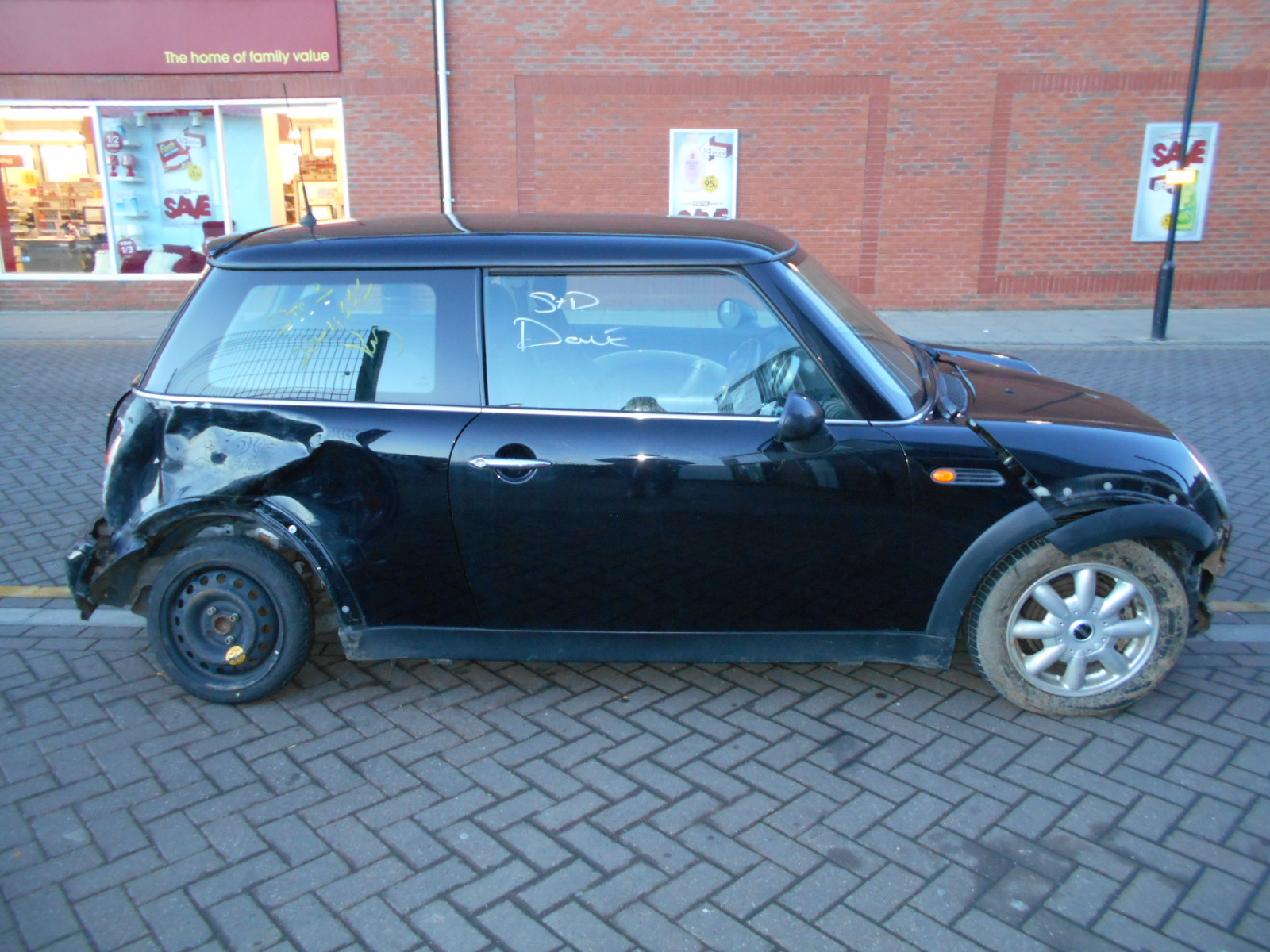 02 Black 1.6 BMW Mini One - 1