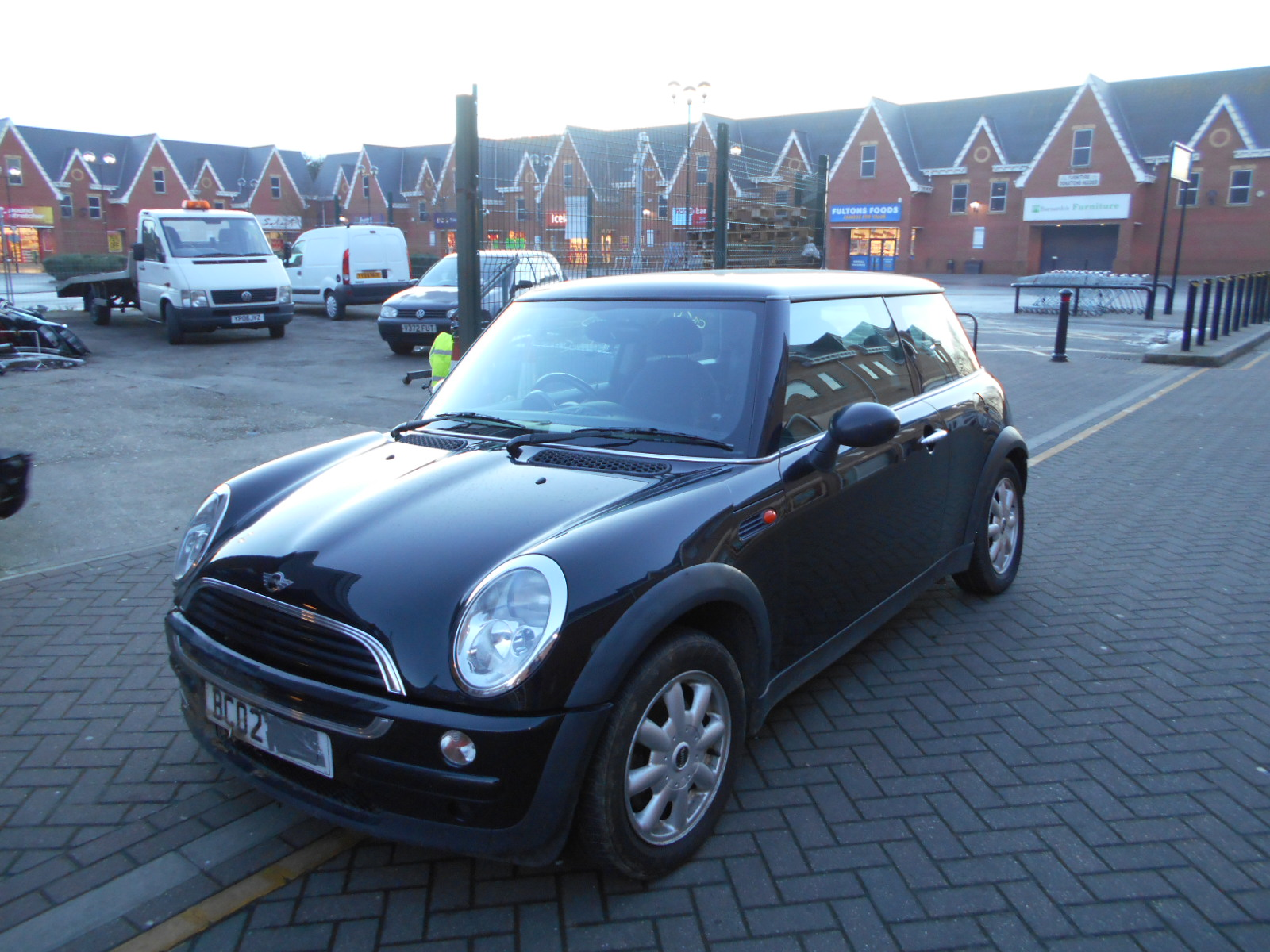 02 Black 1.6 BMW Mini One - 3